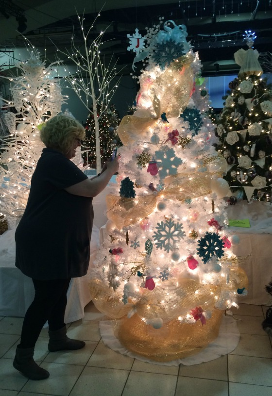 Melissa Mainville, Flourish Design & Merchandising, decorating Lynn Master's Festival of Trees 2015 Tree